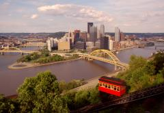 Pittsburgh_view-from-incline_sm.jpg