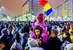 1-Protest_against_corruption_-_Bucharest_2017_-_Piata_Victoriei_-_2.jpg