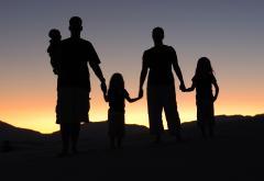 Family_Portrait_silhouette.jpg