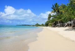 Lano_Beach.jpg