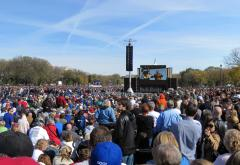 Rally_to_Restore_Sanity_and_or_Fear_-_2010-10-30_-_Panora_of_Crowd.jpg