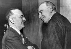 Harry Dexter White (left) and John Maynard Keynes at the inaugural meeting of the International Monetary Fund's Board of Governors