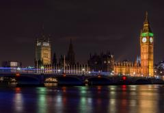 london-bridge-945499_1920.jpg