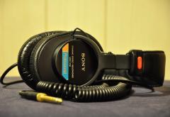sony_headphone.jpg