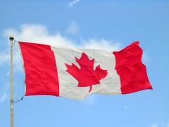 800px-Canada_flag_halifax_9_-04.JPG