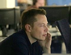 Elon_Musk_in_Mission_Control_at_SpaceX.jpg