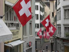 Swiss_Flags_Zurich.jpg