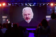 assange flickr.jpg