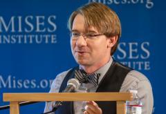 Lucas M. Engelhardt
