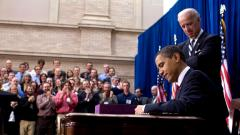 Barack_Obama_signs_American_Recovery_and_Reinvestment_Act_of_2009_on_February_17.jpg