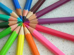 Colored_pencils_chevre.jpg