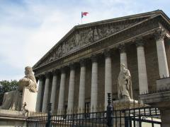 Palais_Bourbon_Assemblée_nationale.JPG