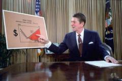 Ronald_Reagan_televised_address_July_1981.jpg