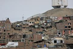 Slums_of_Peru.jpg