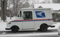 USPS_vehicle_in_the_snow.jpg