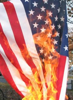 US_flag_burning.jpg