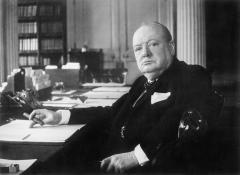 Winston_Churchill_As_Prime_Minister_1940-1945_MH26392.jpg