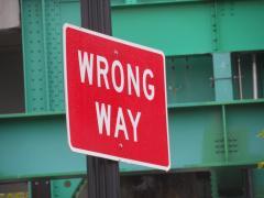 Wrong_Way_sign.JPG