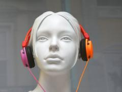 Mannequin with headphones